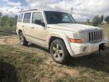 Jeep Commander 2008 года за 3 300 000 тг. в Актобе