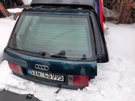 Крышка багажника Audi 80 B4 универсал за 30 000 тг. в Семей