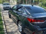 Hyundai Sonata 2018 года за 8 600 000 тг. в Шымкент – фото 4
