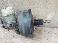 Вакумный усилитель тормозов вакумный целиндр Митсубиси Каризма за 10 000 тг. в Алматы