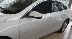 Chevrolet Malibu 2020 года за 9 990 000 тг. в Костанай – фото 2