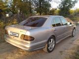 Mercedes-Benz E 320 1995 года за 2 500 000 тг. в Кордай – фото 2