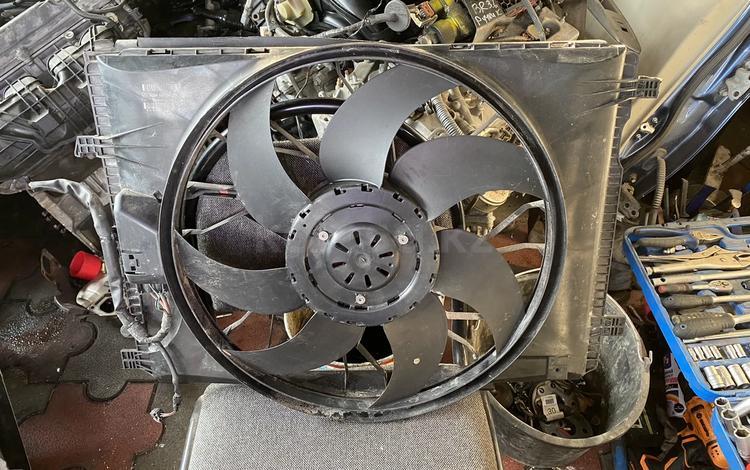 Диффузор радиатора за 100 000 тг. в Алматы