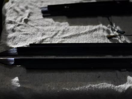 Резинки уплотнительные на гелендваген G500 W463 за 3 000 тг. в Алматы – фото 15