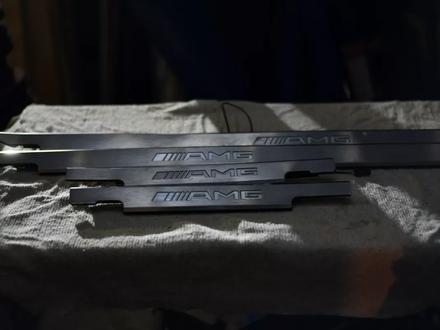 Резинки уплотнительные на гелендваген G500 W463 за 3 000 тг. в Алматы – фото 7