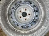 Резина с диском за 45 000 тг. в Актау – фото 2