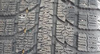 Toyo зима 2шт почти новые за 45 000 тг. в Алматы