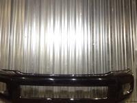Бампер передний Toyota Sequoia за 87 500 тг. в Алматы