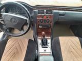 Mercedes-Benz E 230 1995 года за 2 300 000 тг. в Шымкент – фото 4