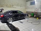 Audi A4 2003 года за 2 600 000 тг. в Уральск – фото 3