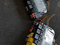 Блоки предохранителей на Mercedes s220 за 1 111 тг. в Алматы
