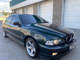 BMW 528 1998 года за 2 600 000 тг. в Шымкент
