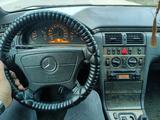 Mercedes-Benz E 240 1999 года за 1 750 000 тг. в Алматы – фото 4