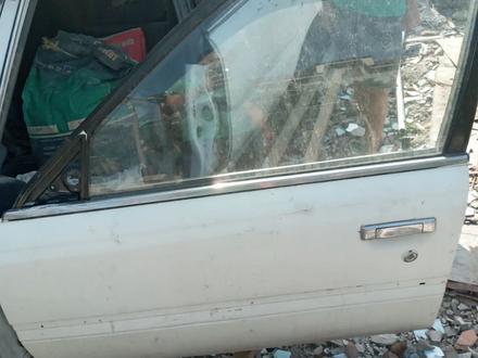 Двери на камри за 10 000 тг. в Алматы – фото 2