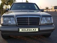 Mercedes-Benz E 320 1994 года за 2 750 000 тг. в Шымкент