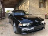 BMW 528 1998 года за 2 550 000 тг. в Шымкент – фото 2