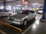 Mercedes-Benz C 180 1994 года за 1 750 000 тг. в Шымкент