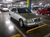 Mercedes-Benz C 180 1994 года за 1 750 000 тг. в Шымкент – фото 3