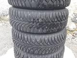 Шины шипованные 185 60 R14 с литыми дисками за 95 000 тг. в Павлодар – фото 2