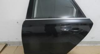 Дверь задняя левая Audi a8d4 за 11 111 тг. в Нур-Султан (Астана)