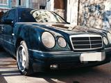 Mercedes-Benz E 240 1997 года за 3 999 999 тг. в Караганда – фото 2