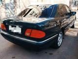 Mercedes-Benz E 240 1997 года за 3 999 999 тг. в Караганда – фото 4