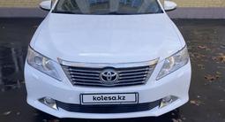 Toyota Camry 2013 года за 5 600 000 тг. в Актобе