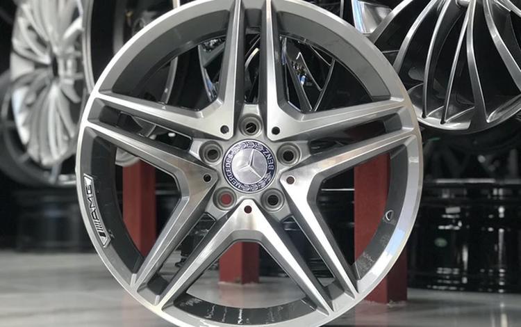 R17. Mercedes Benz за 170 000 тг. в Алматы