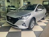 Hyundai Accent 2021 года за 8 100 000 тг. в Караганда – фото 2