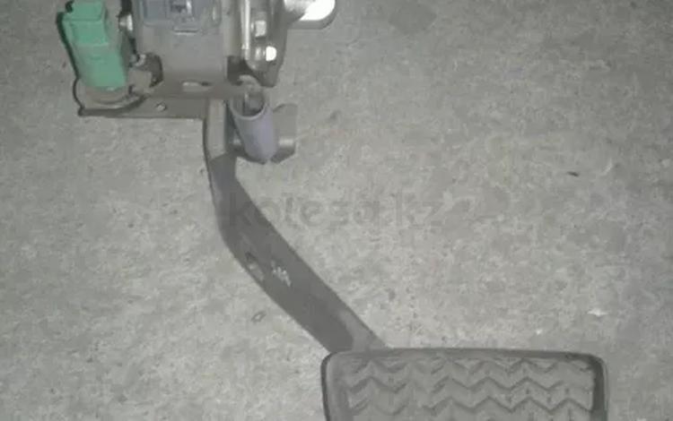 Педаль тормоза. Лягушка. На ленд крузер100 200 лх570 за 8 000 тг. в Алматы
