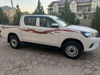 Toyota Hilux 2021 года за 17 700 000 тг. в Актау