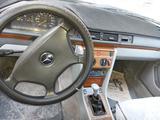 Mercedes-Benz E 220 1991 года за 1 200 000 тг. в Жезказган – фото 5