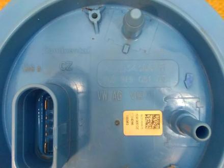 Топливный насос, бензонасос в сборе, со станцией Skoda за 32 000 тг. в Караганда – фото 3