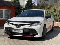 Toyota Camry 2021 года за 16 300 000 тг. в Алматы