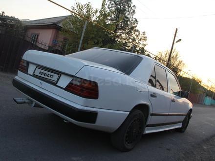 Mercedes-Benz E 200 1989 года за 1 400 000 тг. в Чунджа – фото 2
