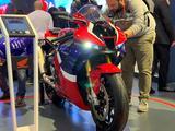 Honda  Honda CBR 1000 RR-R Fireblade SP 2021 года за 14 200 000 тг. в Новосибирск – фото 3