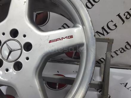 Комплект колёс r19 AMG на Mercedes-Benz за 256 425 тг. в Владивосток – фото 14