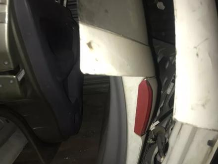 Mazda demio Багажник в Алматы – фото 2
