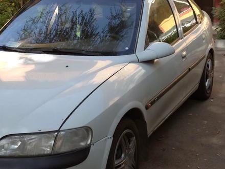 Opel Vectra 1996 года за 1 200 000 тг. в Алматы – фото 2