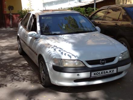 Opel Vectra 1996 года за 1 200 000 тг. в Алматы – фото 5