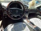 Mercedes-Benz E 200 2003 года за 3 300 000 тг. в Усть-Каменогорск – фото 5