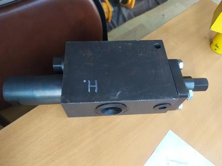 Клапан ПТК 20.01.000 обратный на стрелу Автокрана в Алматы – фото 2