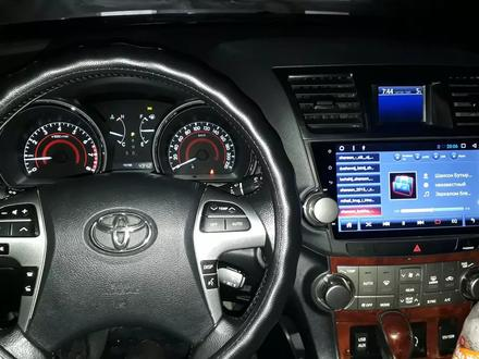 Toyota Highlander 2013 года за 11 400 000 тг. в Семей – фото 6
