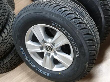 285 65 17 Yokohama шины с дисками оригинал, Тойота, Япония за 87 000 тг. в Алматы