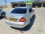 Mercedes-Benz C 180 2000 года за 2 250 000 тг. в Актау – фото 4
