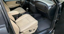 Chevrolet TrailBlazer 2005 года за 3 800 000 тг. в Актобе – фото 4