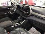 Toyota Highlander 2020 года за 29 665 800 тг. в Уральск – фото 5