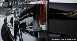 Cadillac Escalade 2018 года за 28 000 000 тг. в Алматы