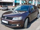 Volkswagen Jetta 2014 года за 4 499 000 тг. в Алматы – фото 2