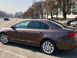 Volkswagen Jetta 2014 года за 4 499 000 тг. в Алматы – фото 5